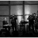 (Vocals: Rey Valencia / Piano: Urban Beyer / Trompete: Humberto Zaldivar / Bass: Rolf Denecke / Congas: Tobias Schulte)